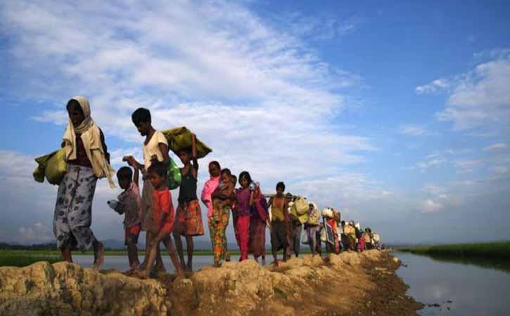রাতে ইন্টারনেট বন্ধ রোহিঙ্গা শিবিরে, দুটো বিদেশি এনজিওর কার্যক্রম বন্ধ