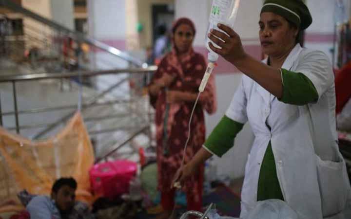 আজ ১৬৪৯ জন  ডেঙ্গু আক্রান্ত হয়ে হাসপাতালে ভর্তি হয়েছেন