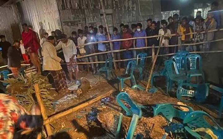 ময়মনসিংহে গাছ ভেঙ্গে পড়ে ২ জন নিহত