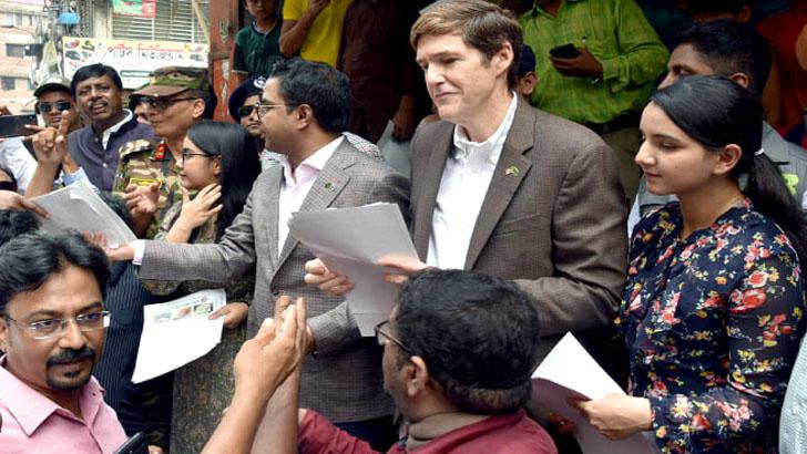 ডেঙ্গু নিয়ন্ত্রণে ঢাকা-ওয়াশিংটন এক সঙ্গে কাজ করবে: রবার্ট মিলার