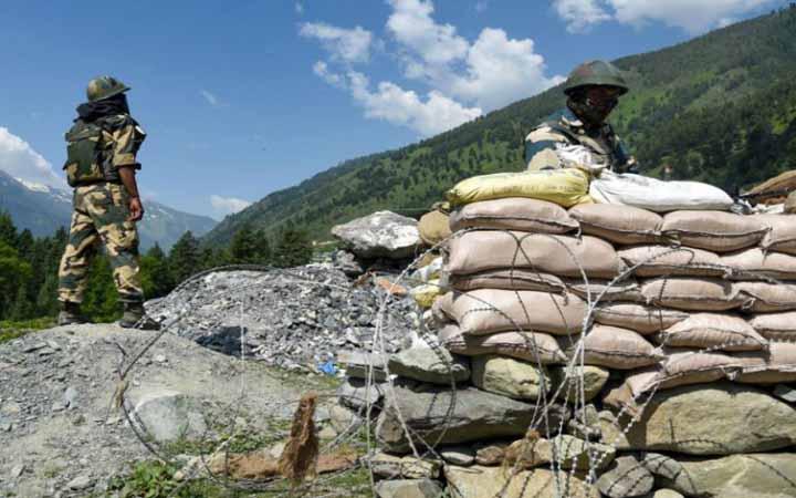 চীন-ভারত উত্তেজনা :  যুদ্ধের প্রস্তুতি ভারতের