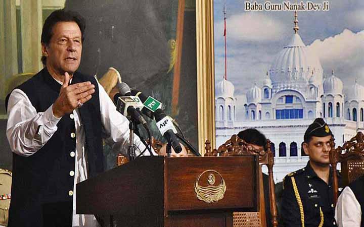 ভারত-পাকিস্তান যুদ্ধে জড়ালে বিশ্বশান্তি ঝুঁকিতে পড়বে: ইমরান খান